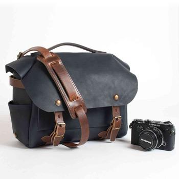 Az Olympus új, stílusos fotós táskái és kiegészítői